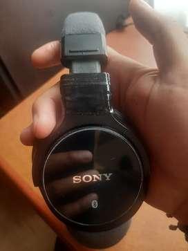 Audífonos Sony modelo : MDR-Z750BN