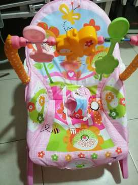 Vendo silla vibradora mecedora bebe