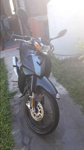 Vendo moto Yamaha Cripton 110 km 8800, impecable!!