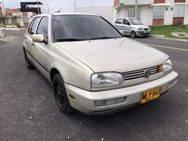 Vendo Volkswagen Golf 1996