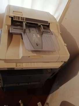 Vendo fotocopiadora con impresora marca toshiba valor $1'800,000