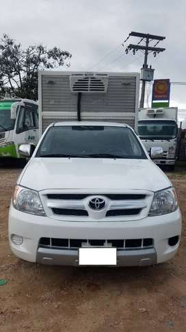 Toyota Hilux Furgón refrigerado