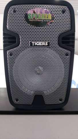 Cabina Tigers 6 pulgadas