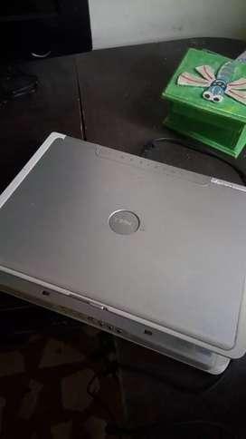 Oferta Dell 6140m, ram 2 gigas, pantalla de 14 pulgadas, procesador Intel Centrino