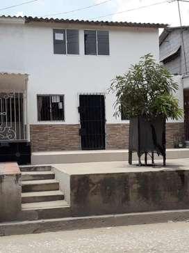 Casa de 2 plantas en venta la arboleda