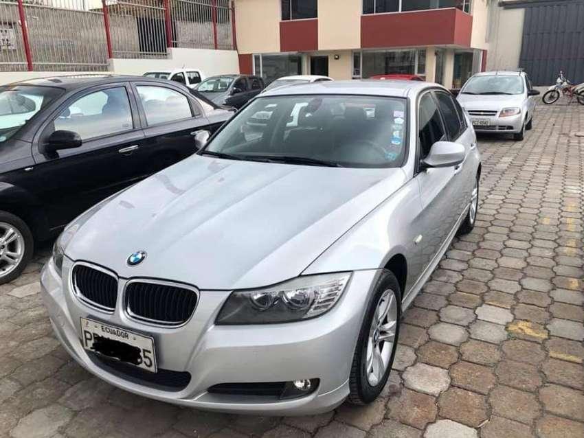 BMW 320i B 0