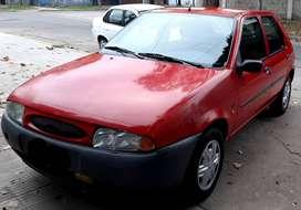 Vendo Ford Fiesta CLX 1.8