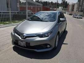 Vendo Toyota Auris 2017 de Mitsui Arequipa uso Personal.