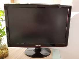 Monitor Samsung 26' super grande, imperdible!