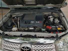 Toyota Sw4 2010, cuero camel, automatica, 7 asientos,4x4
