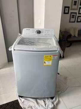 Lavadora Automática Samsung, modelo WA17R7G4UWY