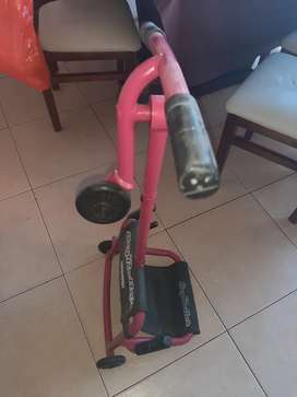 Ezy Roller, Similar A Karting O Triciclo A Pedal