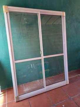 Puerta balcon aluminio