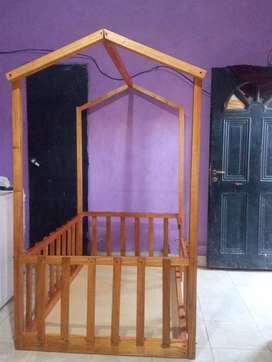 Cama casita
