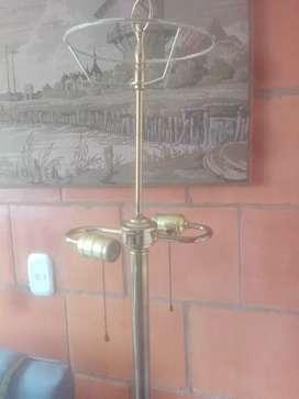 Lámpara antigua Levitin en bronce