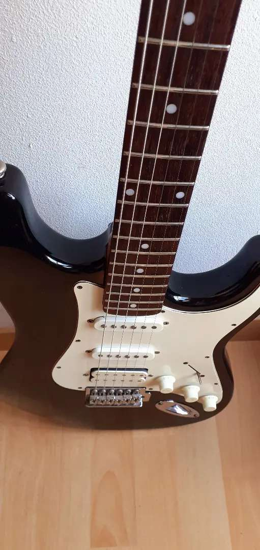 Guitarra Electrica marca Washburn