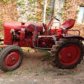 Tractor FAHR 17D motor nuevo levante hidraulico y toma fuerza