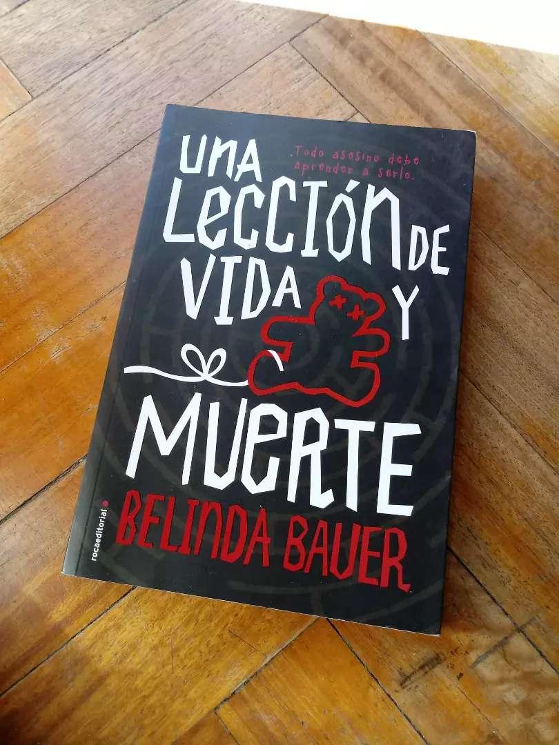 Libro Una lección de vida y muerte de Belinda Bauer 0
