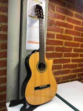 Guitarra en excelente estado