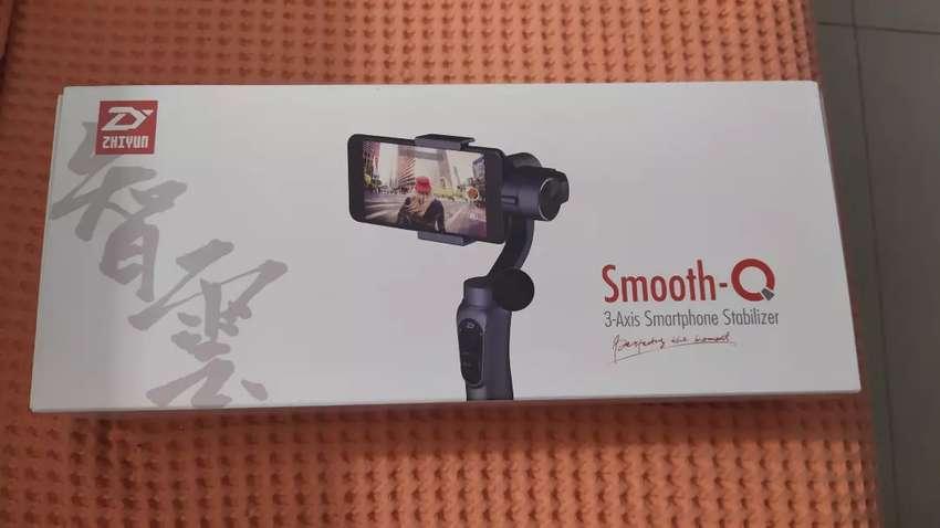 Gimbal Zhiyun Smooth Q estabilizador para Smartphones 0