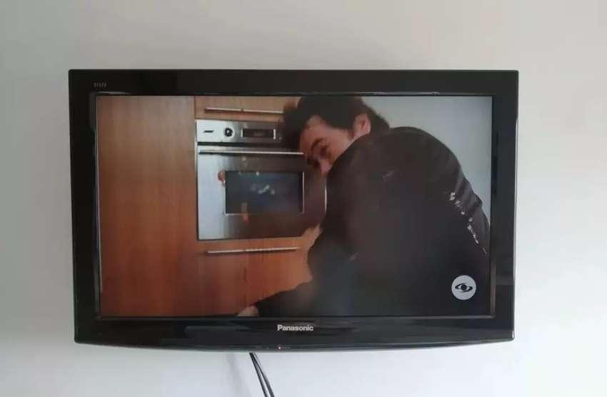 Tv PANASONIC viera 0
