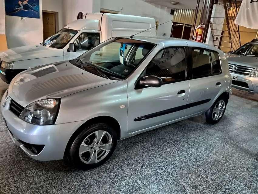 Clio 2011 pack plus nafta impecable 0