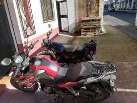 Se vende moto daytona aventure 200