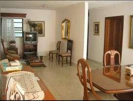 Apartamento Barrio El Limonar, 88 metros, excelente  precio y ubicación