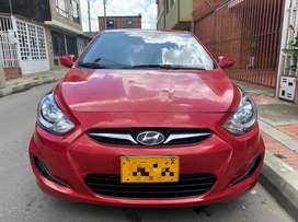 Vendo hyundai i25 hatchback