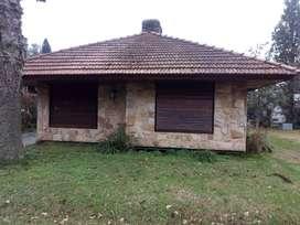 Dueño directo vende o permuta chalet en el country el jaguel pilar por casa en capilla del señor o cardales, depto caba