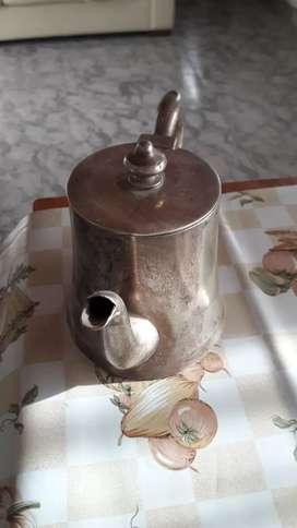 Tetera de plata argentina