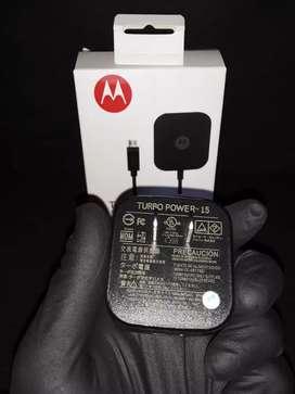 Cargador Motorola turbo power  carga rápida micro usb