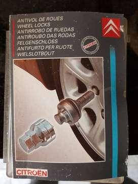 Vendo tornillos antirrobo Citroen- Peugeot (originales)