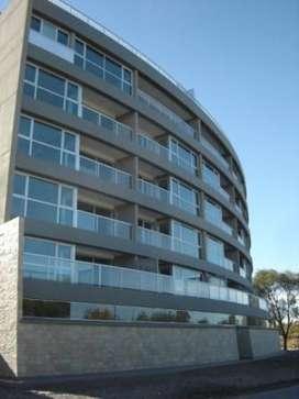 Departamento en Alquiler,   18000