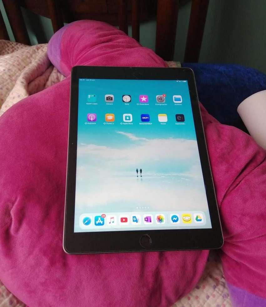 iPad 9.7 2018 32 Gb 0
