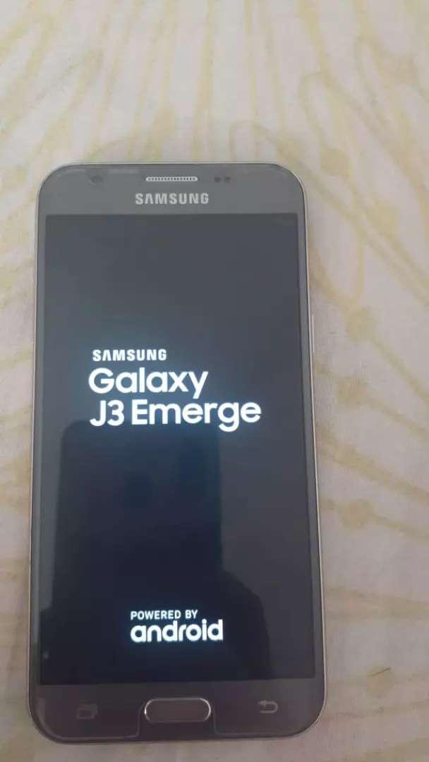 Celular Samsung Galaxy j3 0