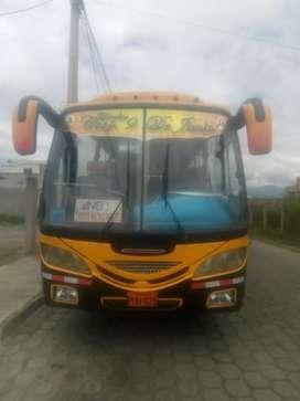 Se vende minibus