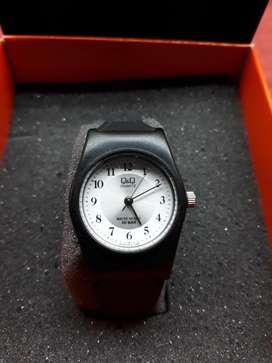 Reloj deportivo de Mujer QQ