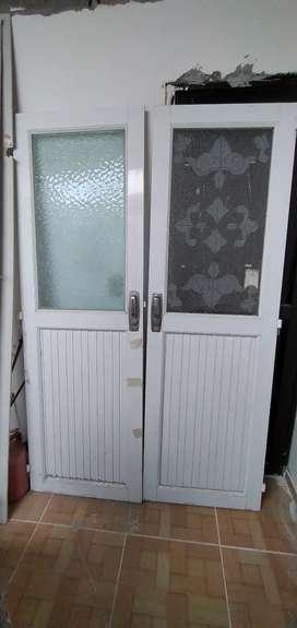 Venta de puertas dobles