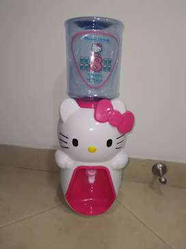 Dispensador de agua hello Kitty