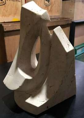 Escultura abstracta, maestro Bruno Regnault, mediana, marmol carrara