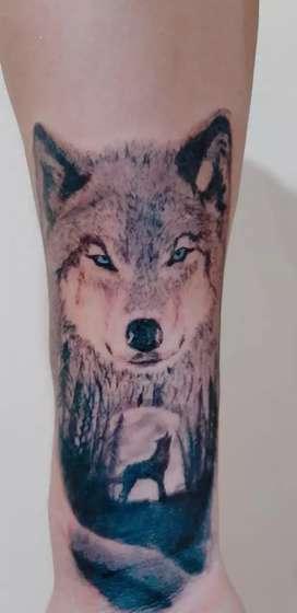 Cambio tatuajes por tecnología.