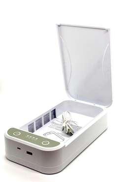 Caja esterilizadora de objetos con rayos UV