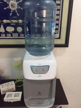 En venta dispensador de agua