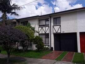 HERMOSA CASA EN PONTEVEDRA. 280 M2