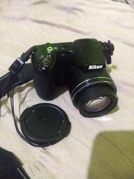 Camara semi pro Nikon COOLPIX L330