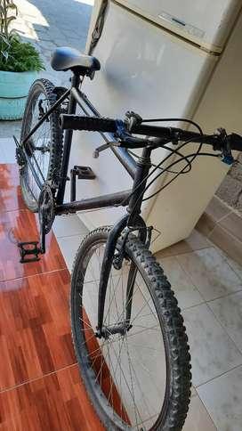Bici 26  vendo o cambio con telf