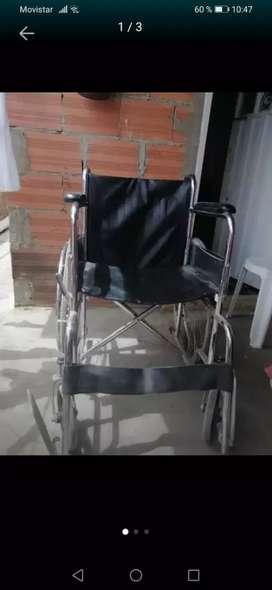 Se vende silla de ruedas en buen estado