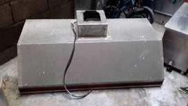 Campana extractora y trampa de grasa