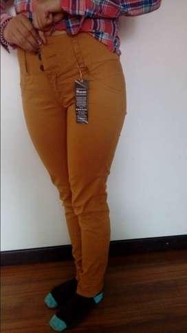 Pantalones para dama talla 8 (talla 10 en verde militar)